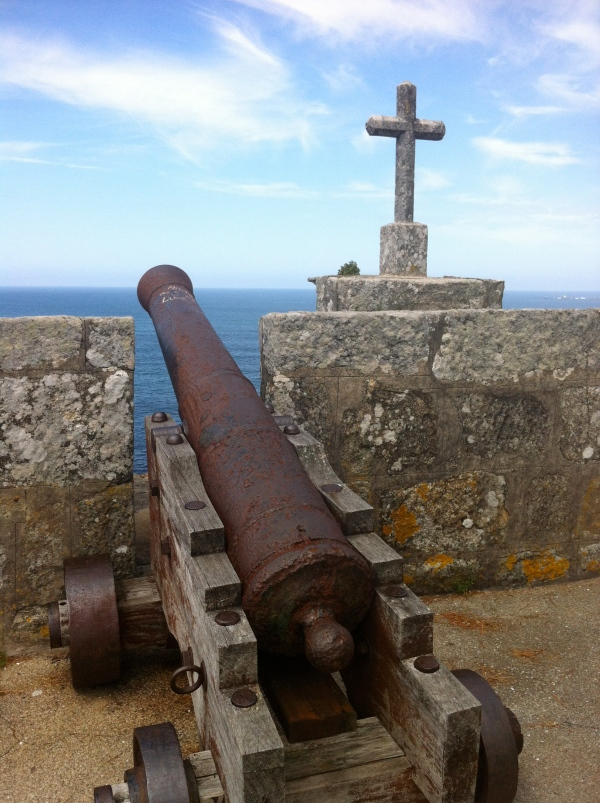 Cannon and Cross in Congomar, Spain