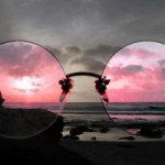 money.ca's image of rose-colored glasses